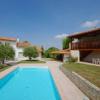 Maison / villa maison - 10 pièces - 268 m² St Georges de Didonne - Photo 2