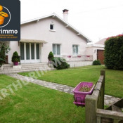Sale house / villa Nay 176 800€ - Picture 1