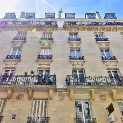 3 pièces Pierre de taille avec balcon - Paris 14ème