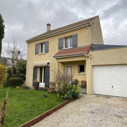 Maison récente quartier Sévigné