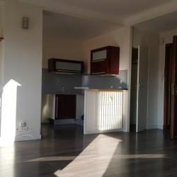 Appartement 06300 1 pièce (s) 36 m² balcon - Gariba