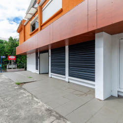 Tampon - TROIS MARES - Local Commercial 160m²