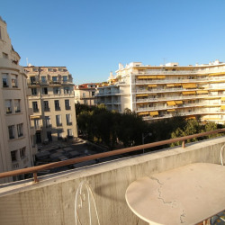 Appartement NICE 3 pièce (s) 52 m²