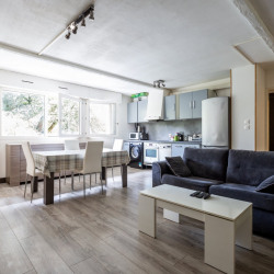 Appartement 2 pièces BORDEAUX CAUDERAN Pasteur