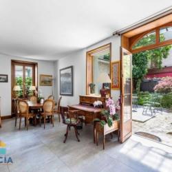 Hôtel particulier 282 m² avec terrasse