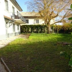 Appartement 3 pièces dans maison avec jardin