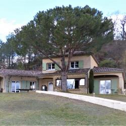 Maison 9 pièce (s) 180 m² sur terrain de 2654 m²