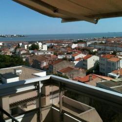 Bel appartement T2 vue mer proche centre et plage