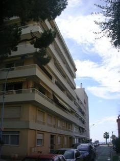 Sale apartment Cagnes sur mer 210000€ - Picture 1