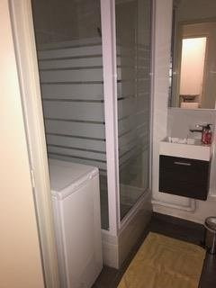 Location appartement St denis 1 300€ CC - Photo 7
