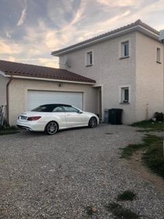 Rental house / villa Le peage de roussillon 927€ CC - Picture 1