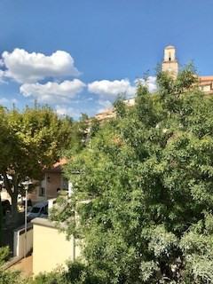 Rental apartment Fuveau 650€ CC - Picture 2