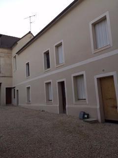Rental apartment Clermont 480€ CC - Picture 1