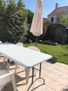 Sale house / villa Maurepas 349500€ - Picture 6