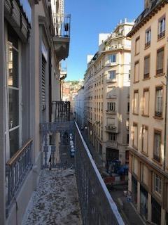 Lyon 2 bellecour T3 avec balcon