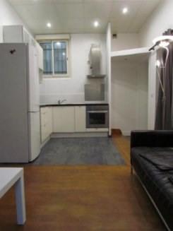 Location appartement Paris 18ème 1260€ CC - Photo 8