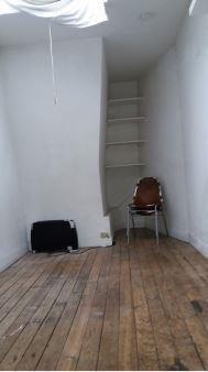Locação apartamento Paris 18ème 650€ CC - Fotografia 5