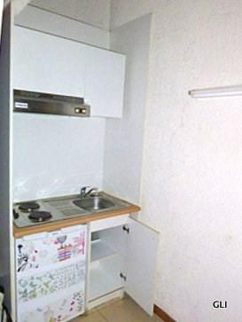 Rental apartment Lyon 2ème 449€ CC - Picture 2
