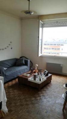 A LOUER - Type 2 de 40 m² proche place Hoche