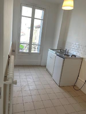 Rental apartment Le bourget 830€ CC - Picture 4