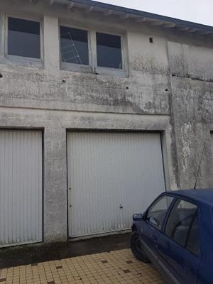 A vendre marans garage fermée sur 2 niveaux