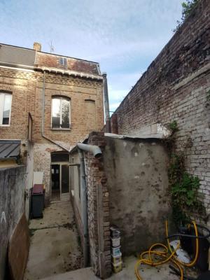 CAUDRY centre Maison de ville à rénover
