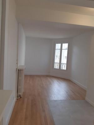 Appartement 2 pièces rénové en totalité clair, ensoleillée