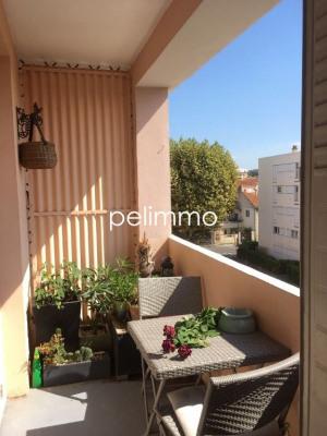 Appartement Salon De Provence 3 pièce (s) 65.82 m²