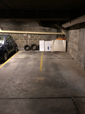 Rental Parking Paris Ranelagh - 18m2