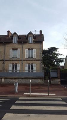 Belle maison en pierre - 6 pièces - sous-sol - terrain 392 m²