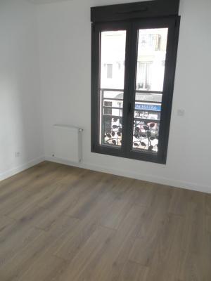 Rental apartment Le raincy 880€ CC - Picture 4