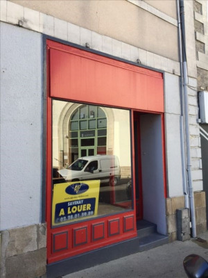 Commercial savenay - 70 m²