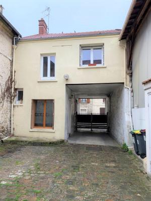 Maison de ville avec garage