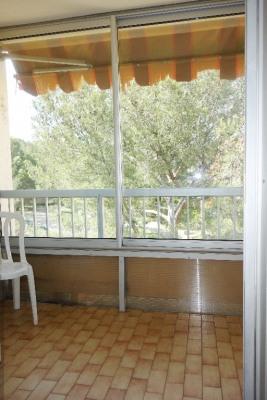Proche plage - studio vide ou meuble + cellier