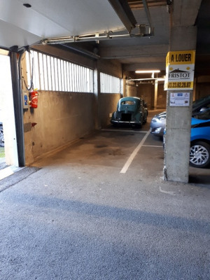 Parking / box Saint Quentin