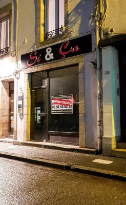 VENDU ! Local commercial place du 118ème RI QUIMPER