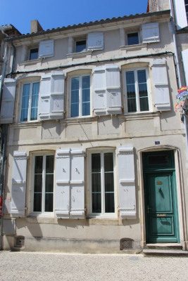Maison Marennes 9 pièce (s) 267 m²