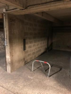 Parking en sous solN° 202