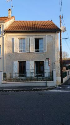 Maison de village avec cour privée