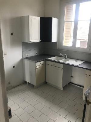 Rental apartment Montfermeil 740€ CC - Picture 3