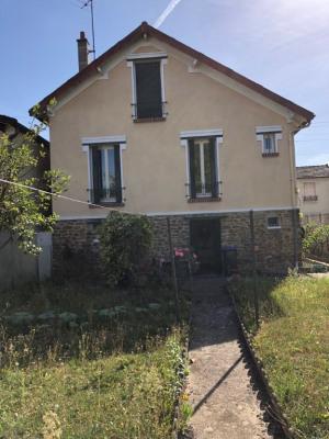 Maison entretenue année 30 - 4 pièces sur 300 m² de jardin