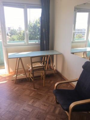 Studio meublé à 10 mn du Métro Croix de Chavaux/ Mairie de M