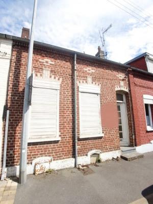 CAUDRY Maison de ville à rénover