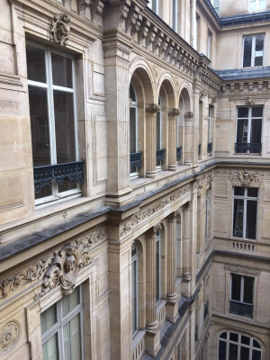 Grand appartement au calme