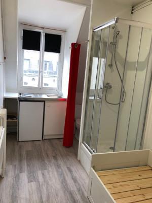 Location Appartement Paris Courcelles - 9m²
