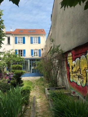 Maison ancienne 175m² Hab sur terrain 303m²