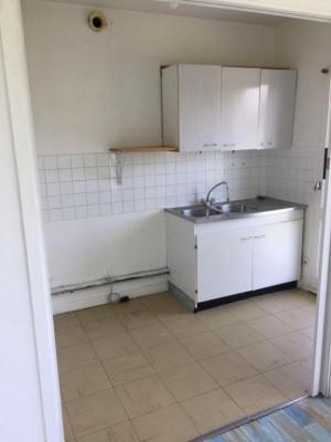 Appartement saintes - 1 pièce (s) - 30 m²