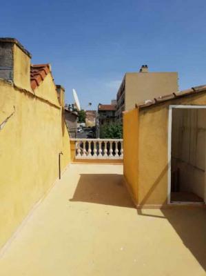 Maison de type 3/4 avec toit terrasse