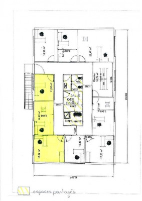 3 bureaux meublés + local 60m² + terrain de 500m²