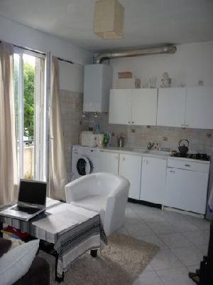 Rental apartment Le raincy 712€ CC - Picture 2
